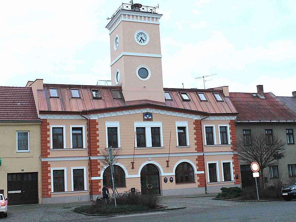 Rekonstruovaný Městský úřad v Dolním Bousově