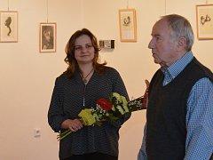 Výstavní sál Městských kulturních zařízení v Bělé pod Bezdězem hostí výstavu kreseb Jana Kapouna. Dokského rodáka, kterého v malování podporoval akademický malíř a bratr režiséra Miloše Formana Pavel.