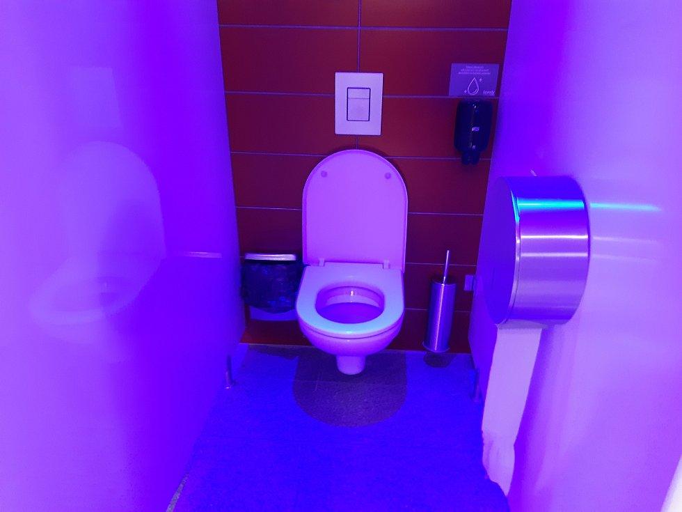 Veřejné toalety v obchodním centru v Mladé Boleslavi