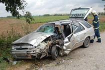 Nehoda na silnici mezi obcemi Boreč a Skalsko.