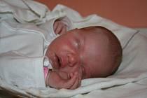 Eliška Havlinová se narodila 8. října rodičům Natálii a Tomášovi z Poděbrad. Doma se na ni těší sourozenci Gábinka a Ondrášek.