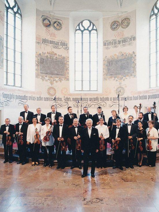 Josef Novák s Mladoboleslavským komorním orchestrem, začátek nového-tisíciletí