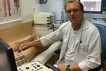Tomáš Kneifl bude v Klaudiánově nemocnici operovat nejmodernějčš