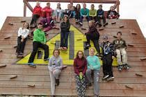 V OLOMOUCÍ. Jednadvacet žáků Základní školy v Bělé pod Bezdězem se jelo do Olomouce učit zeměpis do terénu. Odnesli si spoustu zážitků a nových zkušeností.