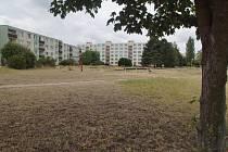 Na travnaté ploše u Radouče se stavět nebude