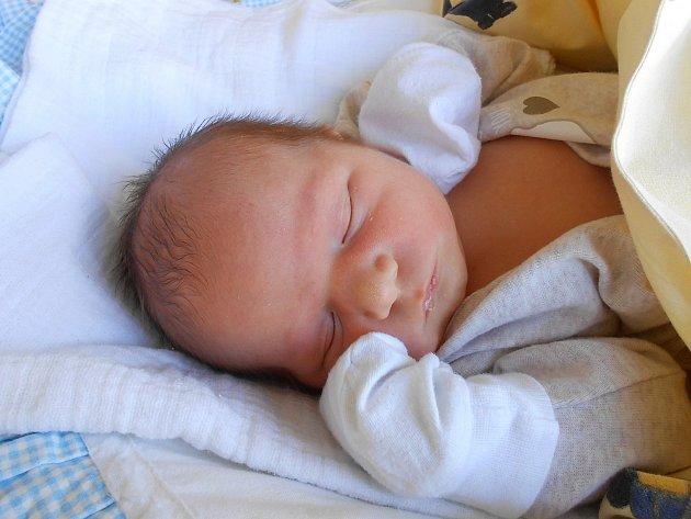 Tobiáš Vaněk se narodil 25. února, vážil 3,78 kg a měřil 51 cm. S maminkou Jitkou a tatínkem Milanem bude bydlet v Mladé Boleslavi, kde už se na něho těší bráška Michal.