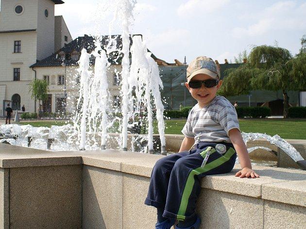 Dětem se v bělském parku evidentně líbí