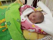 Eliška Kolenáčová se narodila 25. listopadu mamince Monice a tatínkovi Honzovi z Mladé Boleslavi. Vážila 2,34 kg a měřila 46 cm.