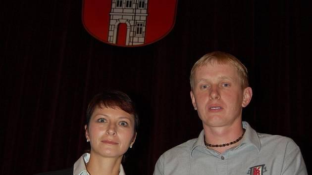 Jana Štěpánová obhájila post starostky Bakova nad Jizerou, místostarostou byl zvolen Václav Grünwald.