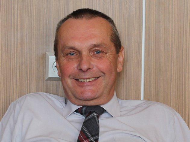 Ředitel mladoboleslavského gymnázia Dr. Pekaře Vlastimil Volf