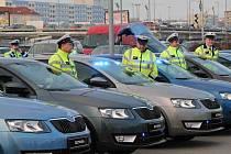 Dopravní policie převzala od mladoboleslavské automobilky padesátku speciální octavií