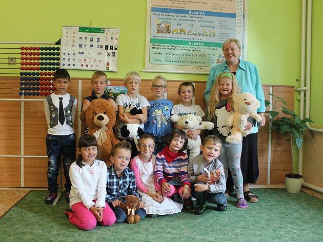 Základní škola Chotětov, 1.třída, třídní učitelka Bohuslava Richtrová