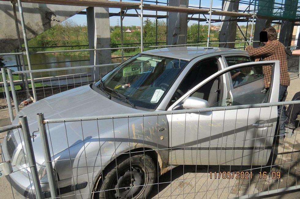 Řidič rekordman boural v Tuřicích. V krvi měl skoro 5 promile.