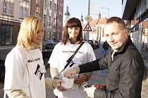 Obyvatelé Boleslavi přispívali do sbírky Bílá patelka