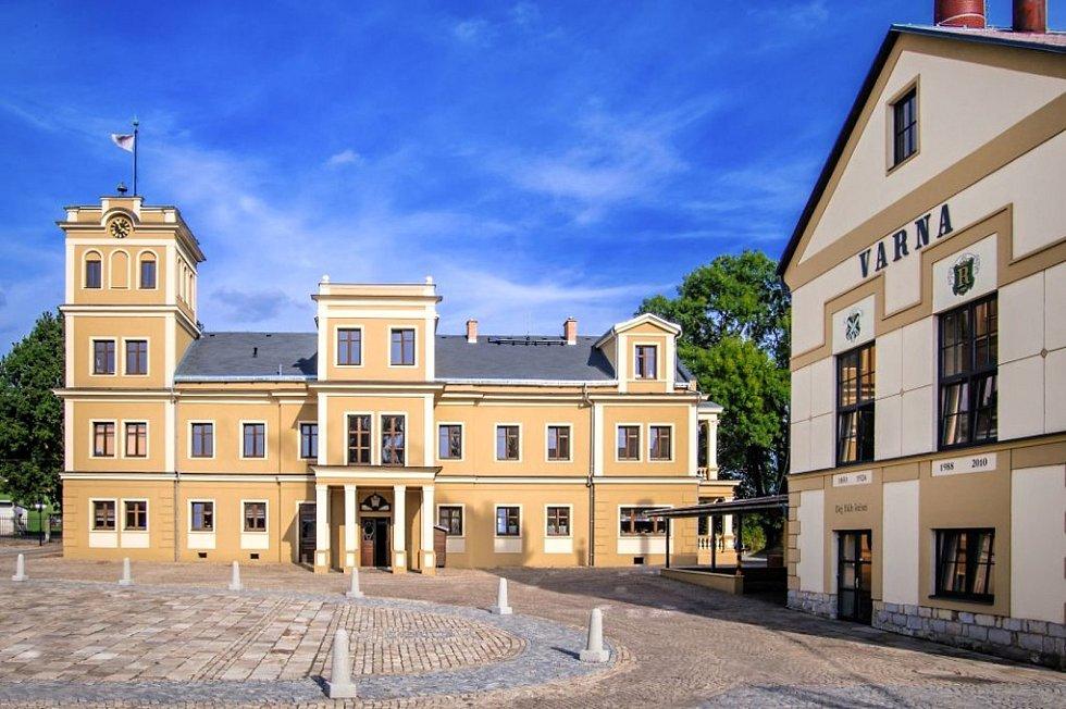 V dobách, kdy František Jungmann vandroval, kolem, vypadal Pivovar Rohozec ještě úplně jinak. Zásadní rekonstrukcí prošel teprve před několika lety.