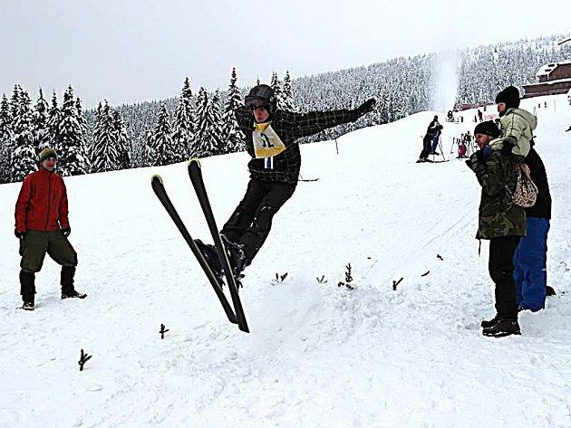 PANSKAUTSKÉ HRY, tedy lyžařské závody skautů i z jiných okresů