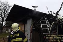 Požár chaty v Bítouchově.