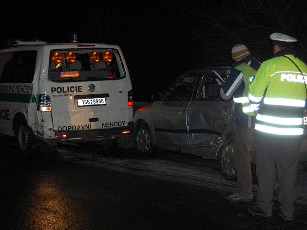 Hromadná dopravní nehoda na 39. km u Pískové Lhoty