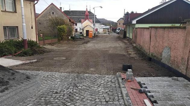 Opravy v Bezděčíně