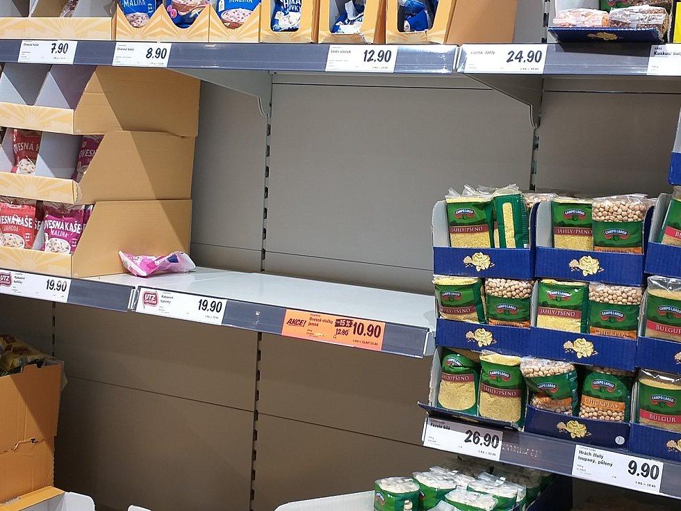 V Lidlu šli zákazníci hlavně po trvanlivých potravinách