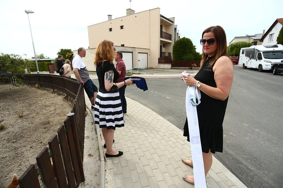 Slavnostní otevření zrekonstruovaného úseku ulice U Vodojemu v Benátkách nad Jizerou