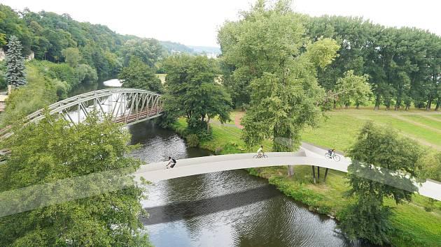 Mezi zásadní body programu rozvoje regionu, u nichž se nyní intenzivně vede debata s partnery nad metodou financování a koordinace, patří výstavba mostu pro pěší a cyklisty přes Jizeru.