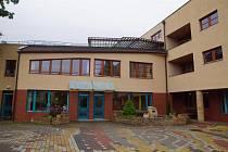 Středočeský kraj společně s městem Mladá Boleslav připravuje v areálu domu seniorů v Olbrachtově ulici vybudování domova se zvláštním režimem.