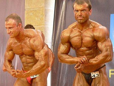 Boleslavák Roman Maršálek (vpravo) bude patřit k favoritům ve své váze.