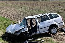 Dopravní nehoda u Bělé pod Bezdězem a Čistou.