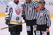Kapitán Král dovedl boleslavské hokejisty k prvnímu vítězství v novém ročníku extraligy.