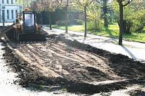 Stavební práce na rekonstrukci Masarykova náměstí v Bělé pokračují