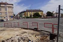 Křižovatka u mostu U Měšťáků v Mladé Boleslavi.