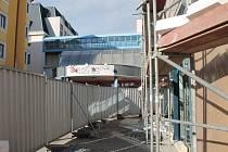 Stavba lékárny u Klaudiánovy nemocnice
