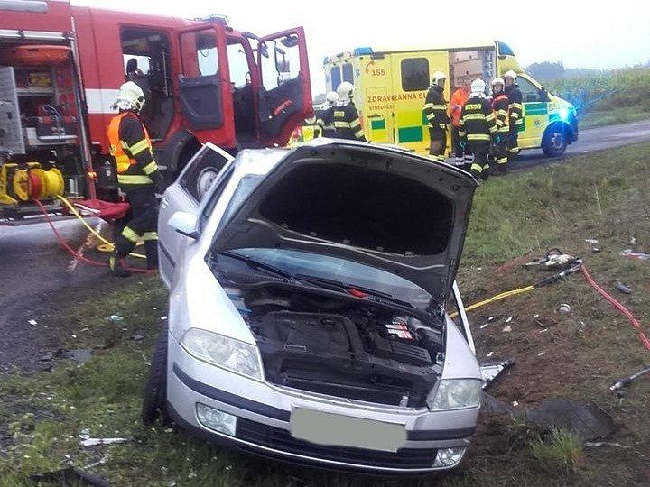 K dopravní nehodě na silnici I/38 u Bělé pod Bezdězem došlo v úterý ráno.