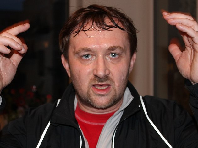 Jiří Macek po pěti kilometrech a výběhu do sedmého poschodí.
