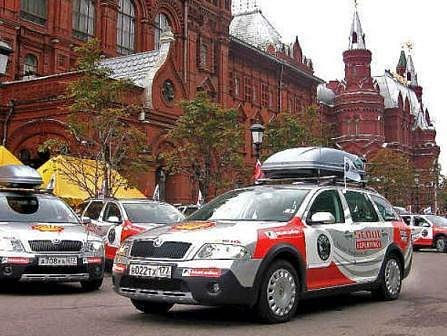 Start expedice deseti vozidel byl v Moskvě u Rudého náměstí. A cíl se blíží – Vladivostok je na dohled.