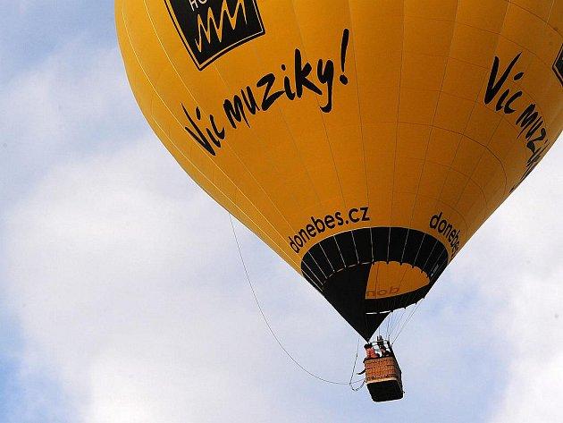Bělské balonové hemžení 2010.