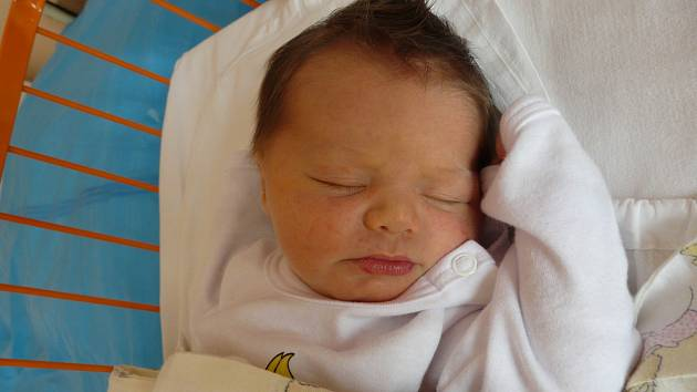 ŠTĚPÁNKA Klučinová se narodila 19.ledna. Vážila 3,34 kilogramů a měřila 50 centimetrů. S maminkou Petrou a tatínkem Jiřím bude bydlet v Mladé Boleslavi.