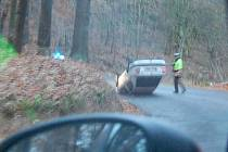 Sobotní dopravní nehoda na silnici mezi Jemníky a Bojeticemi.