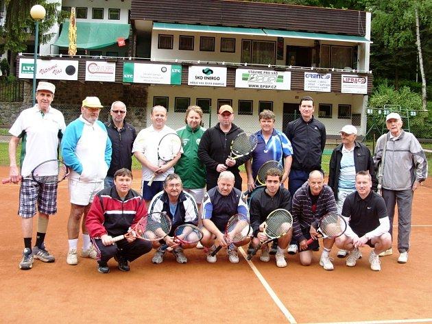 Tenisový turnaj neregistrovaných