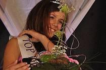 Starší vítězka Anna Erlerová.