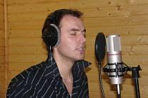 Filip Šubr dotáčí zpěvy