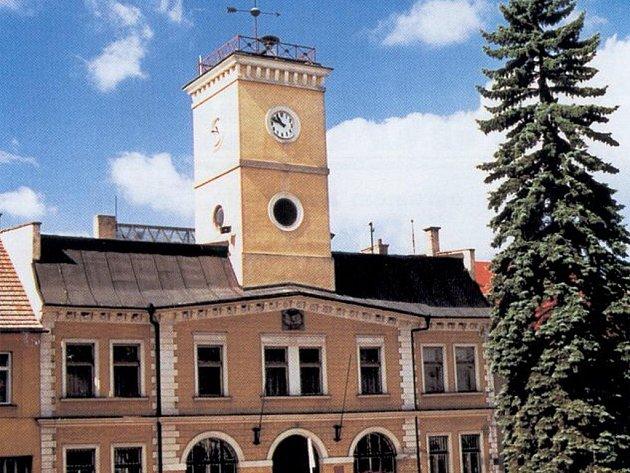Radnice v Dolním Bousově je nadále hájemstvím ODS.