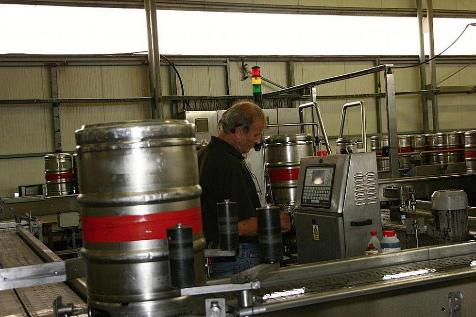 Pivovar Svijany vyrábí výborné pivo.