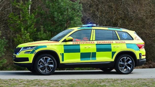 Středočeští radní odsouhlasili darování dvou vozidel Škoda Kodiaq v celkové hodnotě 1,9 milionu korun Zdravotnické záchranné službě Středočeského kraje od společností Škoda Auto.