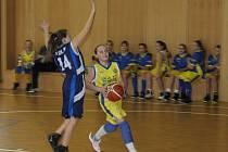 V neděli 26. listopadu sehrálo na palubovce 9. základní školy svá další mistrovská utkání družstvo mladších basketbalových minižákyň TJ AŠ Mladá Boleslav proti Kolínu.