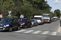 Boleslav je ucpaná auty, dovolená - nedovolená