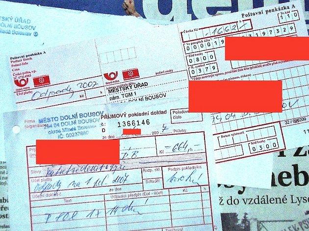 Na snímku vidíte doklad jednoho z obyvatel Dolního Bousova, že odpad zaplatil. Přesto mu opět přišla složenka