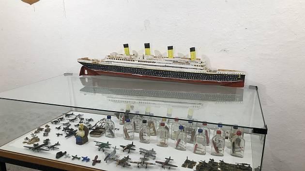 Slavnostní ukončení výstavy modelů Oldřicha Tomíčka v Loretě Kosmonosy