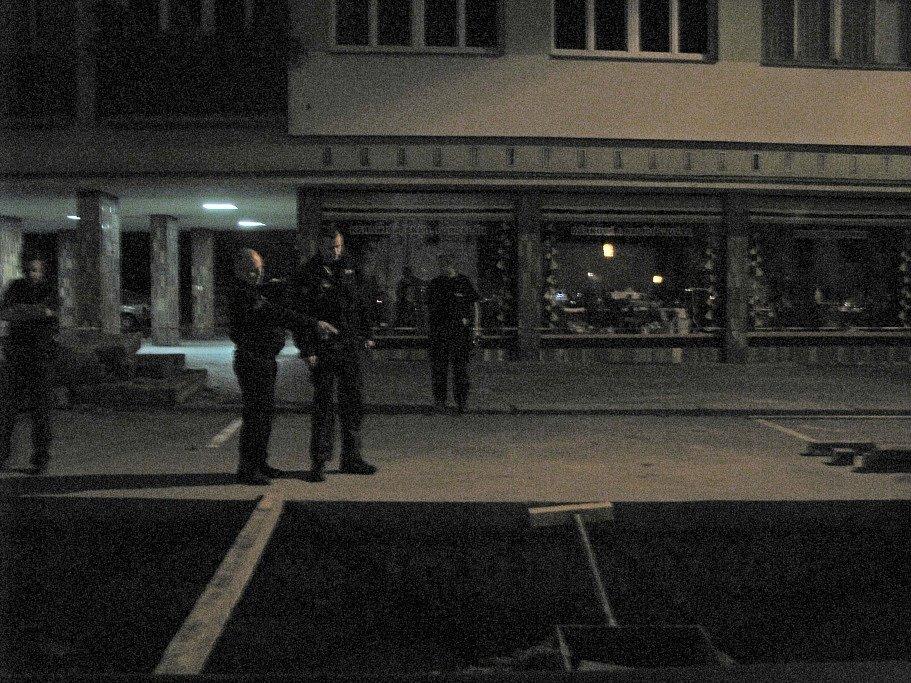 Noční drama na náměstí Míru